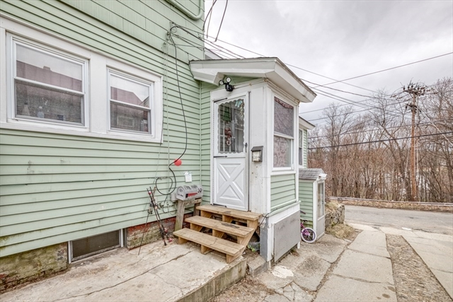 30 Lincoln Terrace Leominster MA 01453