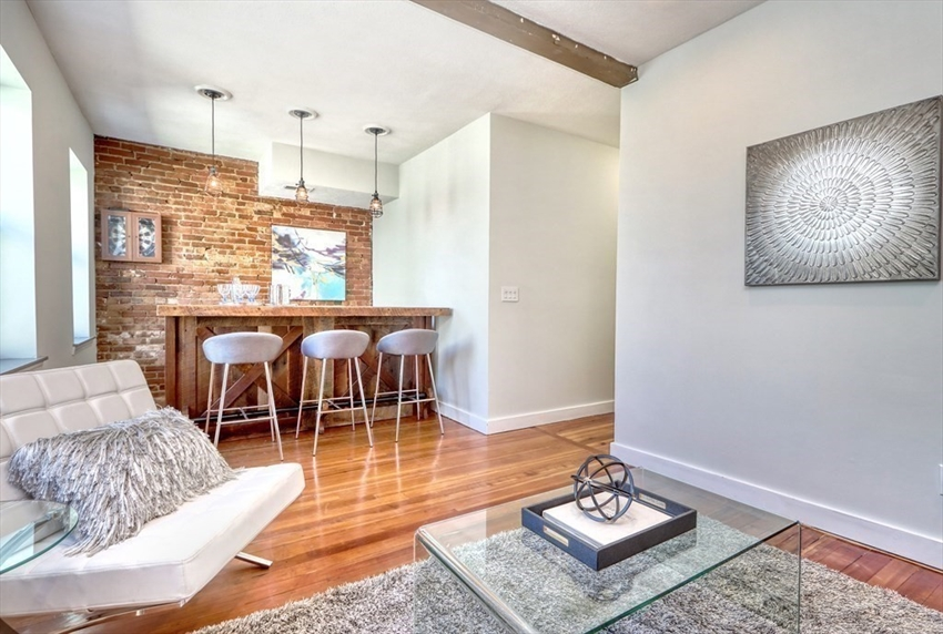 182 Cottage, Boston, MA Image 2