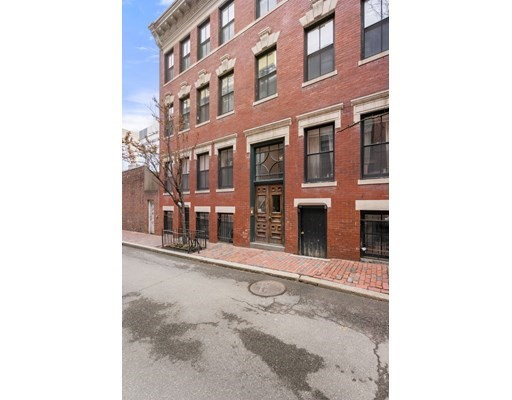 8 South Russell, Boston - Beacon Hill, MA 02114
