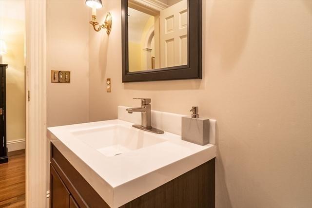 904 Washington Street Wellesley MA 02482