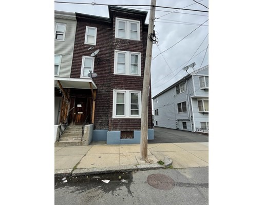 208 E Eagle St, Boston - East Boston, MA 02128