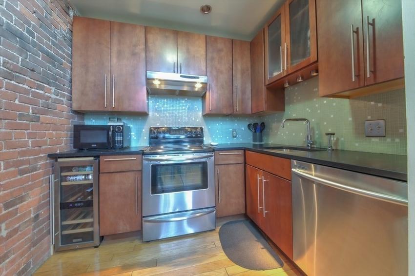 314-330 W 2nd St, Boston, MA Image 12