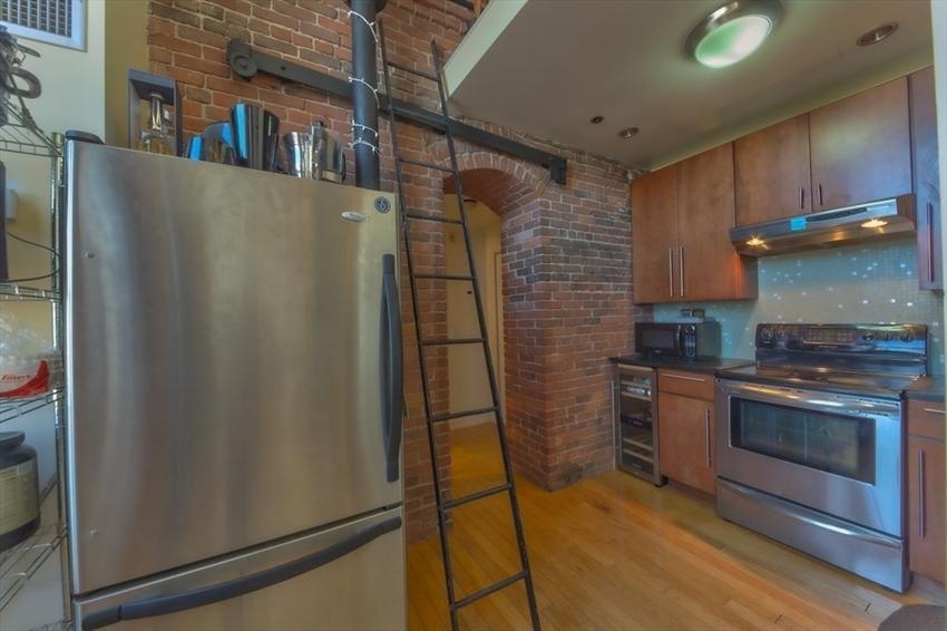 314-330 W 2nd St, Boston, MA Image 3
