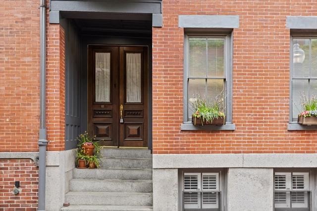 22 Hanson Street Boston MA 02118
