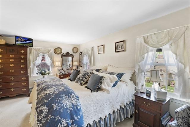 18 Cypress Street Marblehead MA 01945