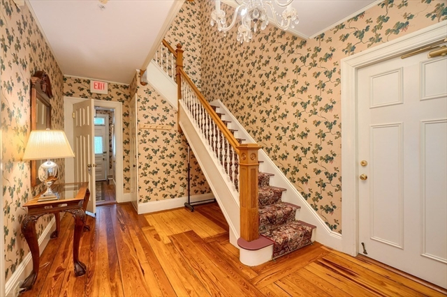 32 Monument Street Concord MA 01742