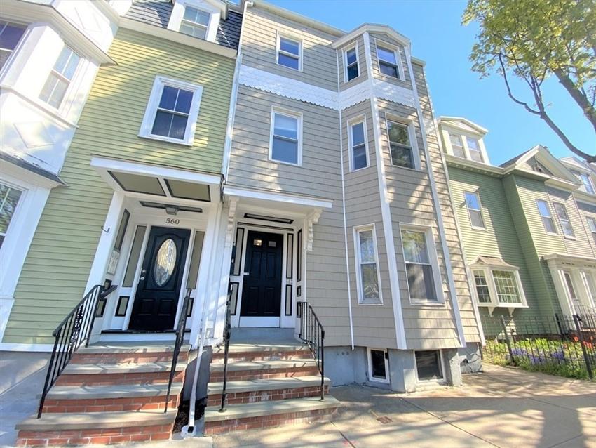562 E 8Th St, Boston, MA Image 1