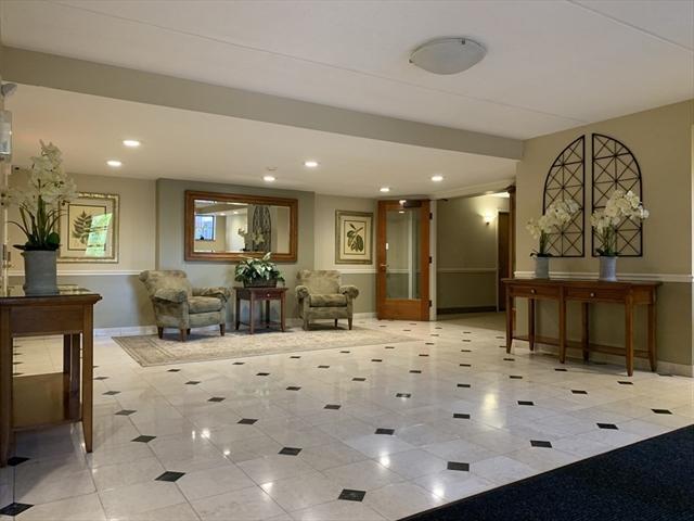 100 Ledgewood Stoneham MA 02180