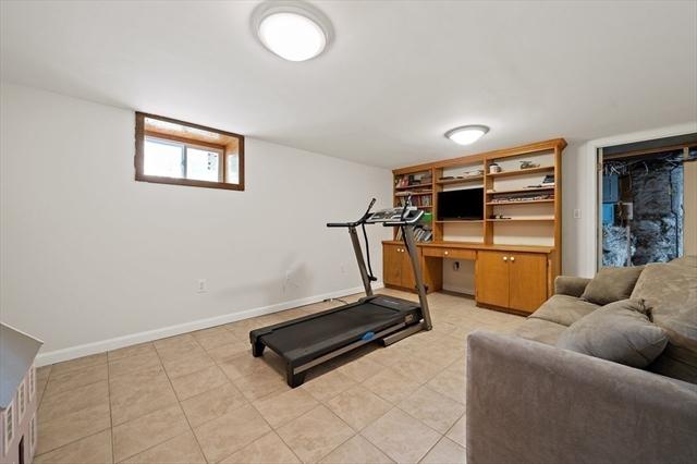 25 Hobart Avenue Braintree MA 02184