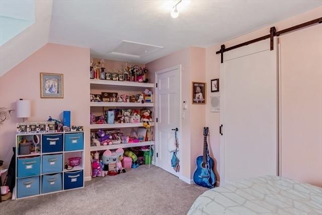 382 Chicopee Row Groton MA 01450