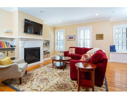 3 Lincoln Place, Boston - Charlestown, MA 02129