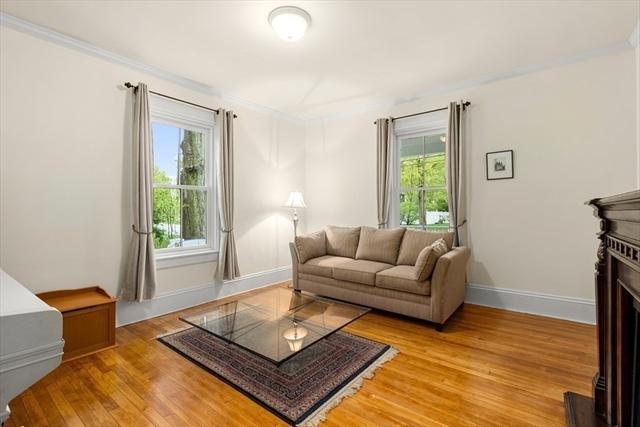 71 Kingsbury Street Wellesley MA 02481