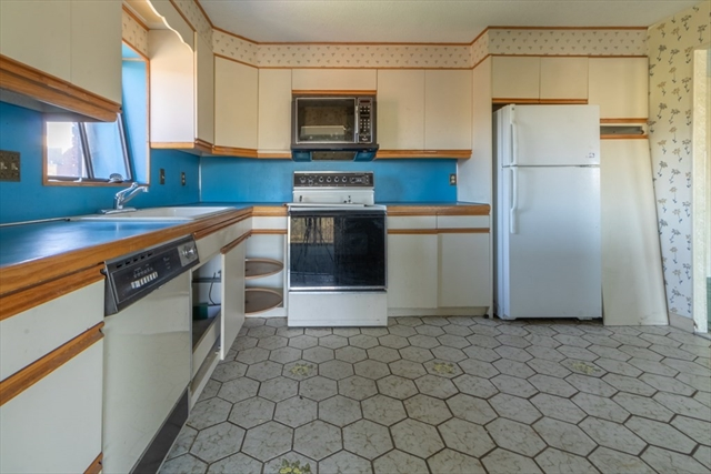 148 Marble Street Stoneham MA 02180