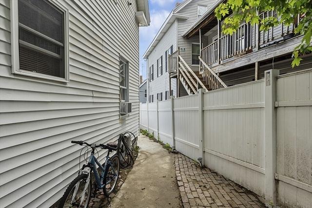 29 Meade Street Lowell MA 01852