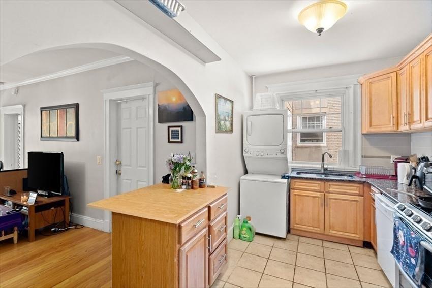 18 Melvin Ave, Boston, MA Image 9