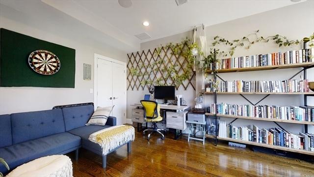 275 Old Colony Avenue Boston MA 02127