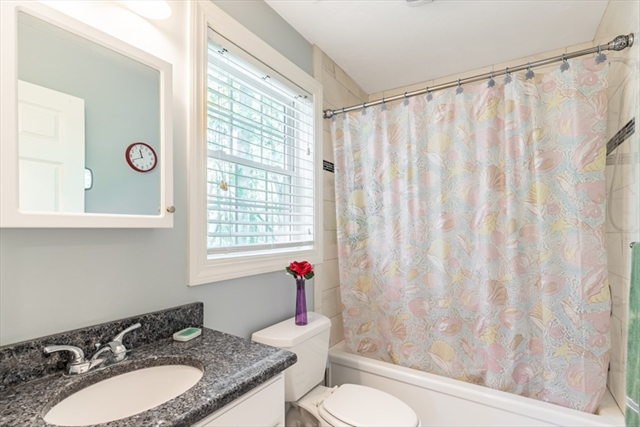9 BRENTWOOD Road North Reading MA 01864