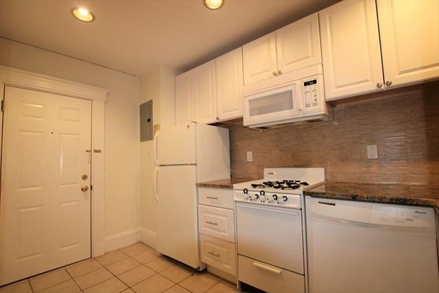 39 Hemenway Street Boston MA 02115