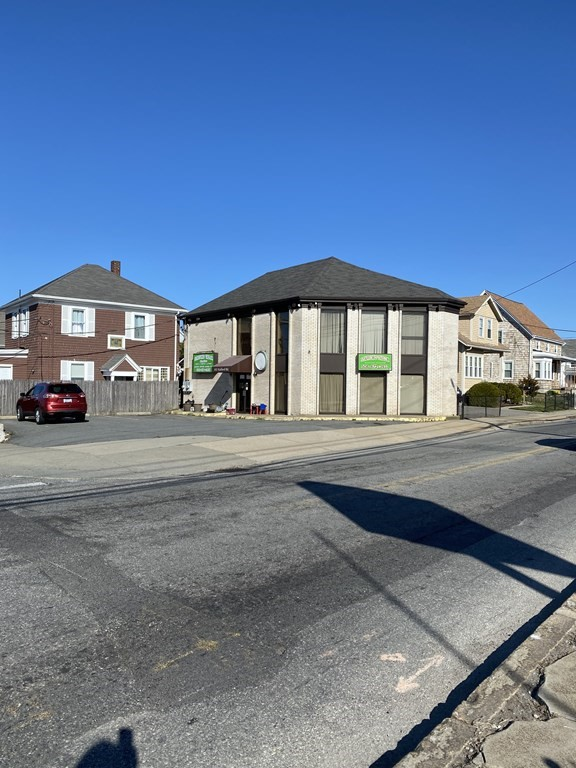 Property has great visibility on high traffic street neighboring a supermarket, Family Dollar, Baycoast Bank, Restaurants and more. Nicely designed 2nd floor residential apartment with cleaned out first floor retail space or professional office space.  Parking for 6 vehicles.  Many possibilities!!