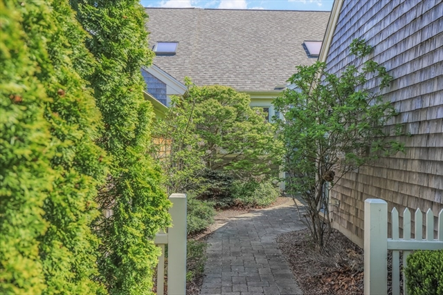 10 Old Apple Tree Trail Plymouth MA 02360