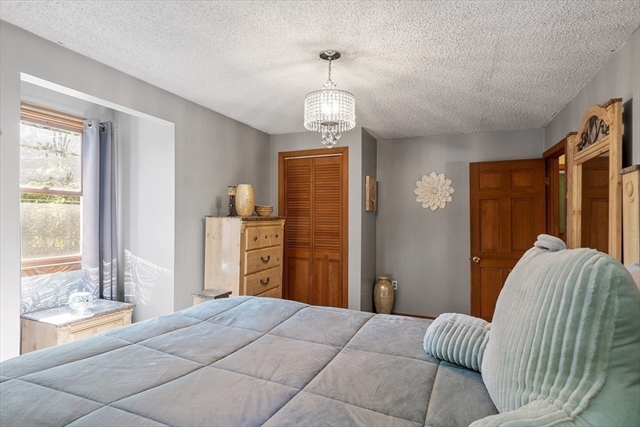 30 Knollwood Lane Leominster MA 01453