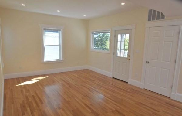 8 Draper Street Boston MA 02122