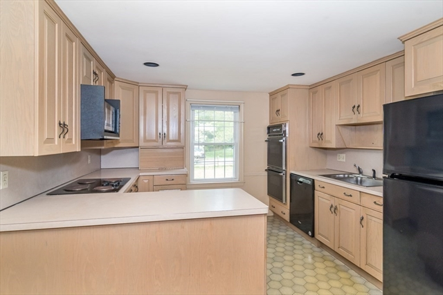23 Valley Road Dover MA 02030