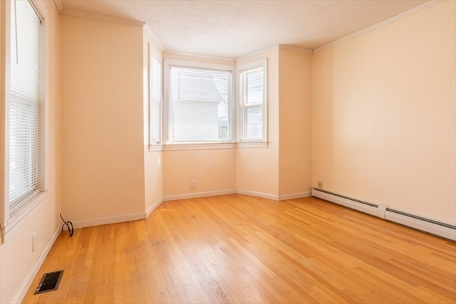 681 Broadway Street Lowell MA 01854