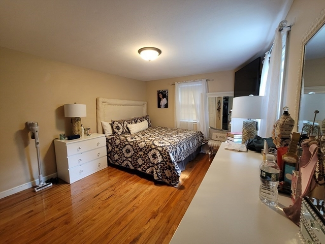 25 Oak Street Plympton MA 02367