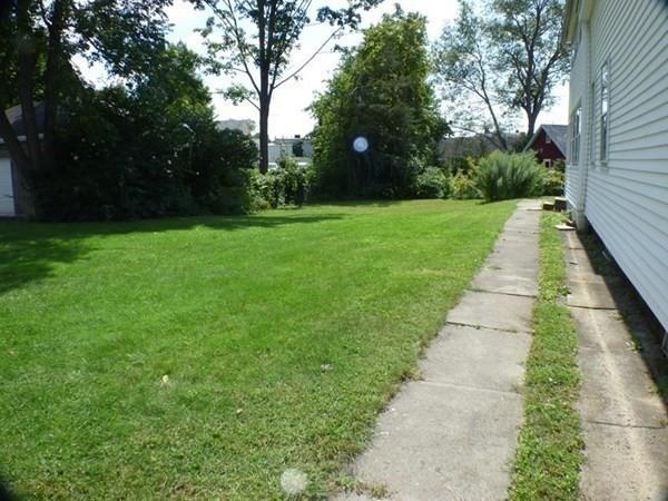 40 Pleasant Greenfield MA 01301