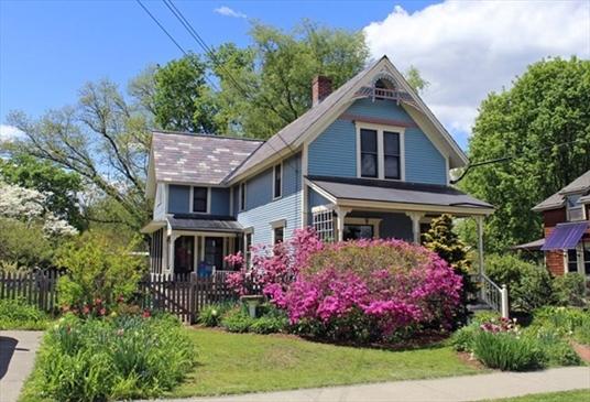 252 Davis Street, Greenfield, MA<br>$285,000.00<br>0.15 Acres, 2 Bedrooms