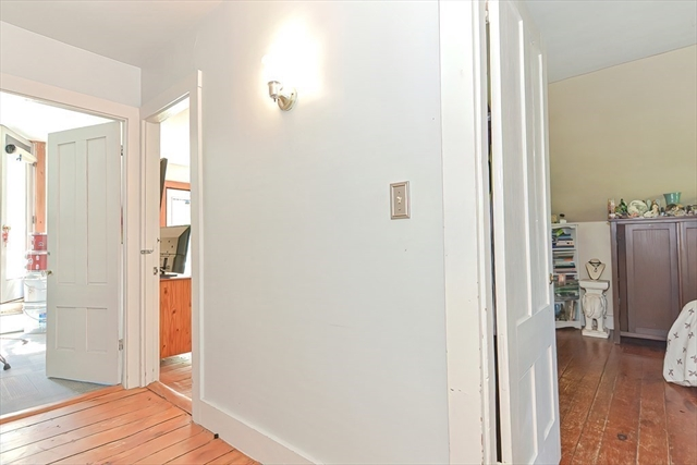 979 & 979R Washington Street Gloucester MA 01930