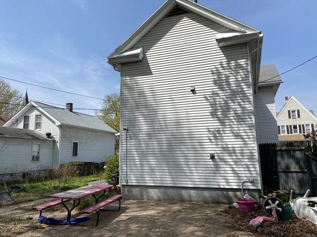 66 Taylor Street Holyoke MA 01040