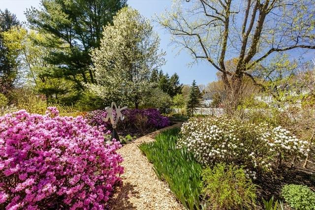 24 Allen Farm Lane Concord MA 01742