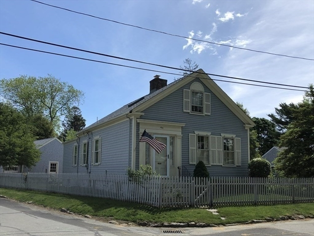 9 Chestnut Street Dartmouth MA 02748