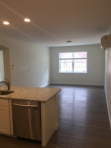 45 Saunders Street North Andover MA 01845
