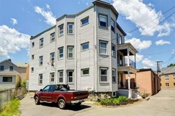 8 Philpot Terrace Melrose MA 02176