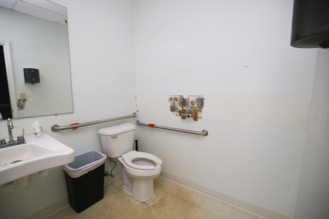 320 West Center Street Bridgewater MA 02379