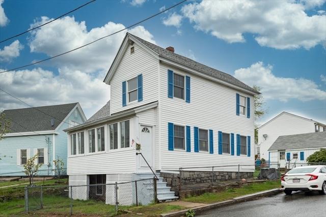 17 Whidden Street Lowell MA 01852