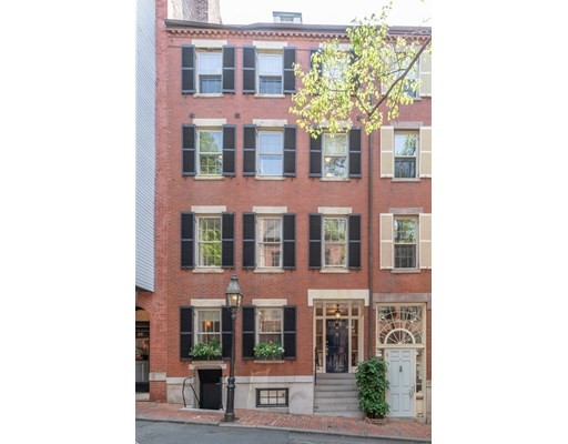 3 Beds, 2 Baths home in Boston for $3,400,000