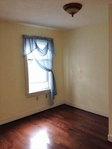 6 Whittier Worcester MA 01605