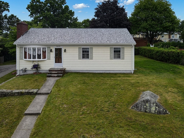 31 Clearview Avenue Somerset MA 02726