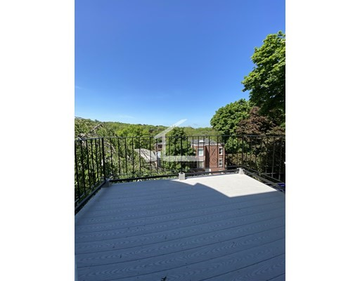 Photo 13 for Tappan St.