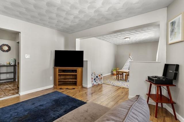 17 Arbutus Place Lynn MA 01902