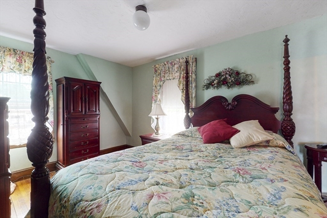 37 Cliff Street Quincy MA 02169