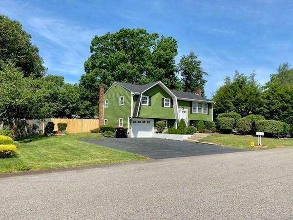 35 Cumberland Drive Brockton MA 02301