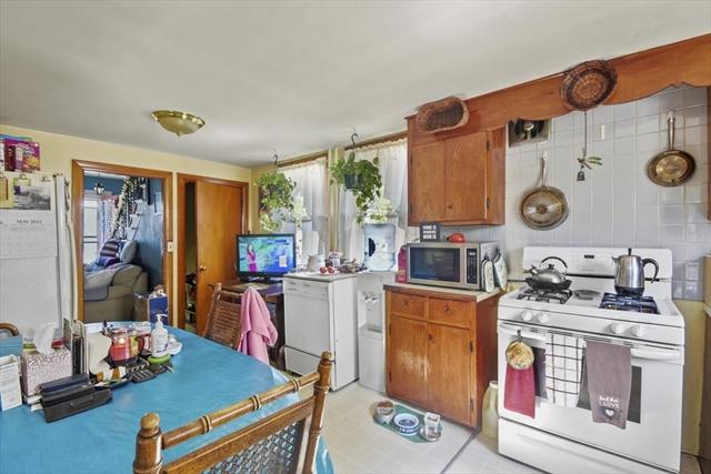 64 Preston Street Wakefield MA 01880