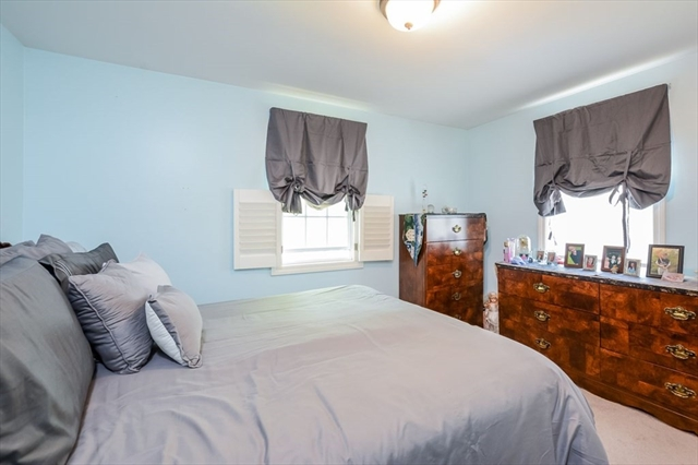 4 Standish Avenue Wareham MA 02538