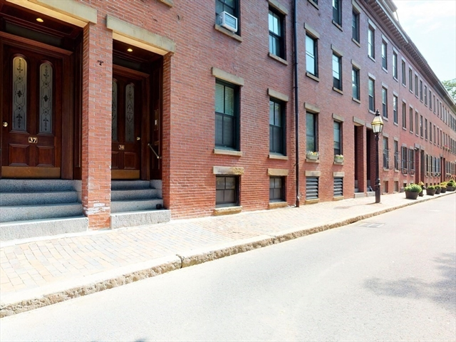 37 Lawrence Street Boston MA 02116