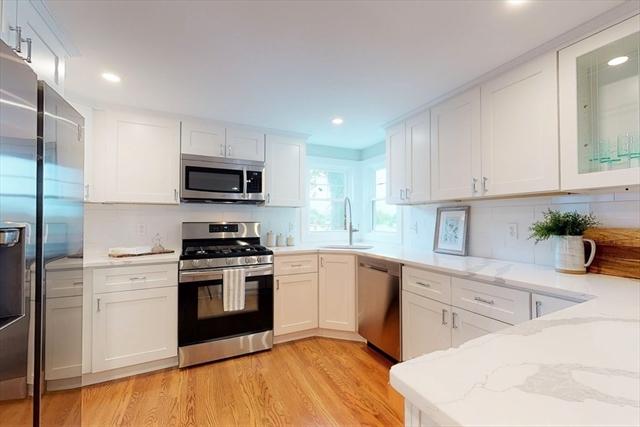 71 Lakeview Avenue Waltham MA 02451